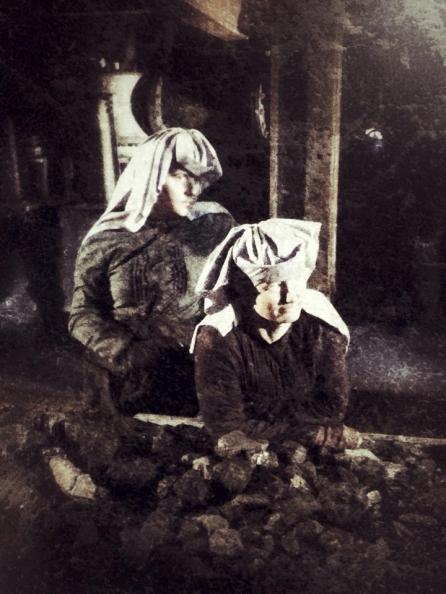 Queens of the Coal (13)