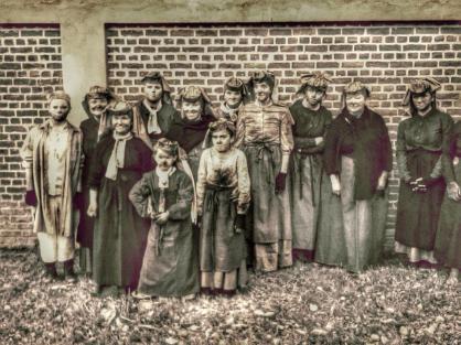 Queens of the Coal (18)